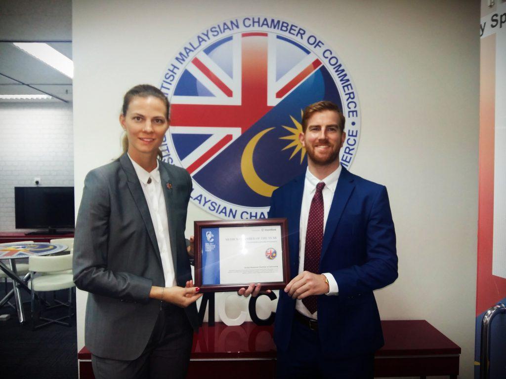 BMCC Malaysia receiving APAC Chamber Awards - Aurelia Silva & Stewart Phillips