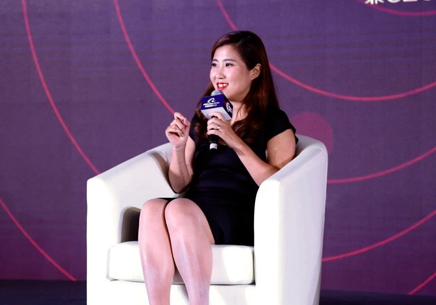 """Global Conference ></p> <p>The Alibaba Group organized the event, and throughout the evening the group's esteemed chairman, Jack Ma, highlighted the importance of women both in business and in his own personal life. He stated, """"it is women who encouraged me to undergo the tough times in the past 18 years since the founding of Alibaba"""".</p> <p>""""Many thanks to Jack Ma and Alibaba for providing this honor, Alibaba continues to lead in empowering women globally."""" Ms. Ji stated, adding, """"Our Glue Up team will continue working to create a technology company that creates positive social impact for all.""""</p> <h2>EventBank and Equality</h2> <p>The event served to highlight the importance of women in business, and as well as being a company that creates """"positive social impact for all"""", Glue Up employs 44% female staff. This figure is well above the average <a href="""